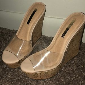 Clear Wedges